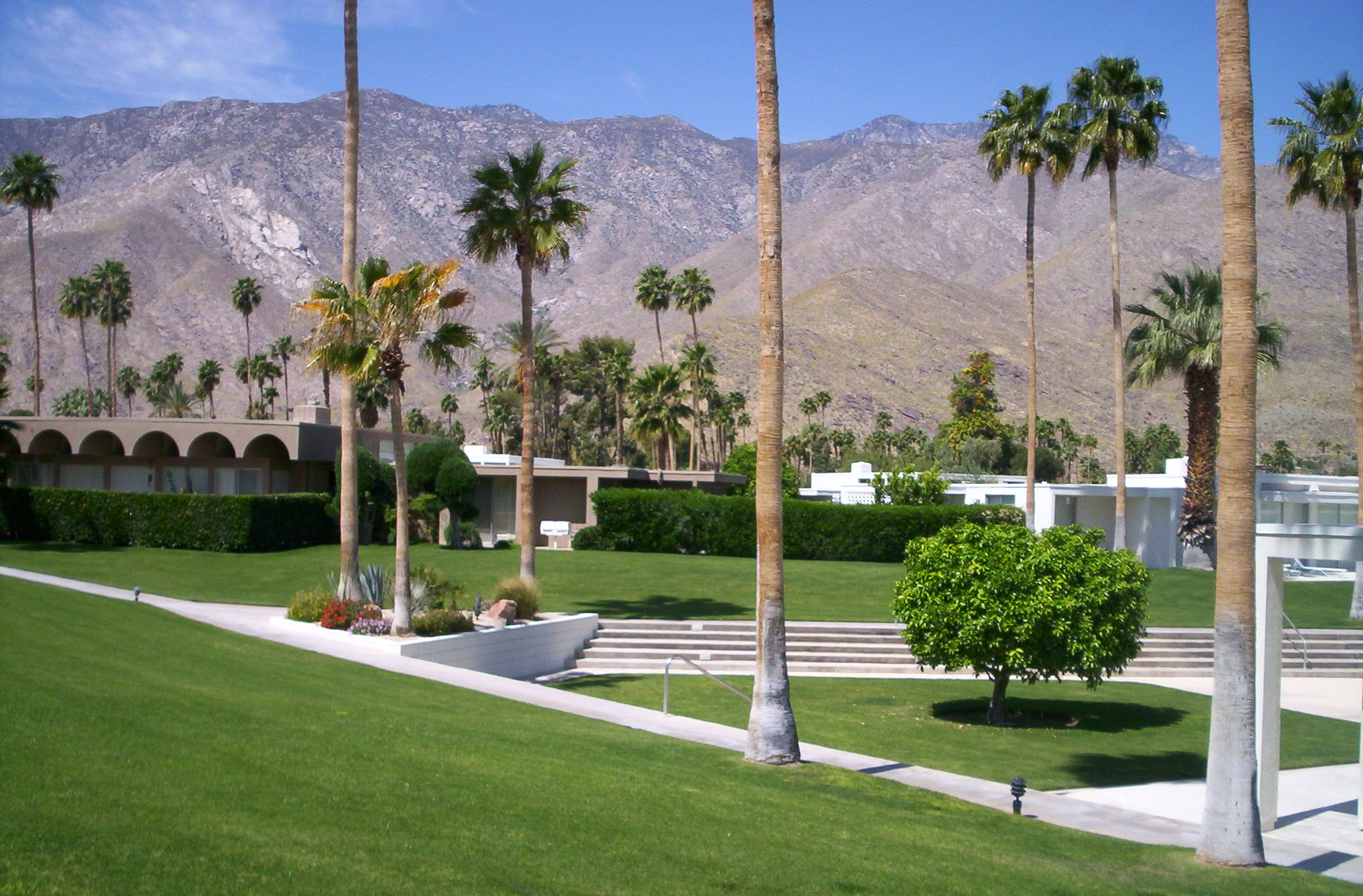 Kings point palm springs homes for sale neal sells for King s fish house mission valley
